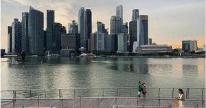 Kinh tế Singapore bất ngờ tuột dốc