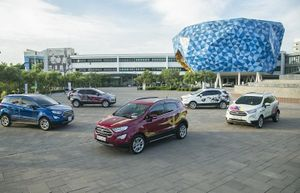 Ford Việt trao giải cuộc Ford EcoSport - Paint Your 'True Color'