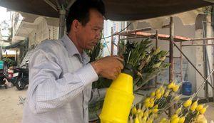 Ông chủ sạp hoa chợ Rạch Ông với quá khứ giang hồ 'nổi danh' một thời