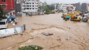 13 du khách Việt bị mắc kẹt vì mưa lũ ở Nepal đã an toàn