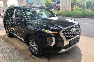Lô xe Hyundai Palisade mới tiếp tục về đại lý tại Hà Nội