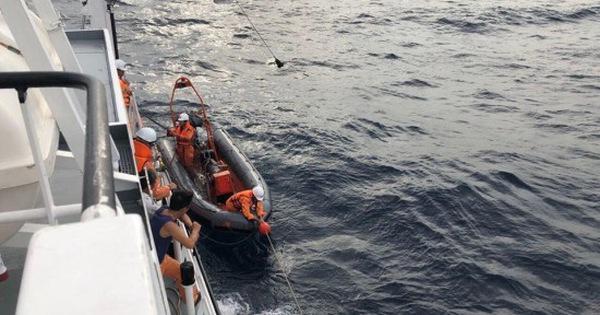 Phát hiện thêm 2 thi thể nam giới gần tàu cá bị đâm chìm ở đảo Bạch Long Vĩ
