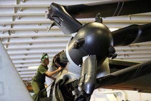 Cận cảnh tàu chiến USS Boxer được cho là đã hạ gục drone của Iran