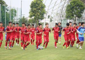 Thầy Park lại 'gạt' Quang Hải, Văn Hậu khỏi U23 Việt Nam