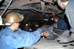 Một công nhân ngành than ở Quảng Ninh bị điện giật tử vong