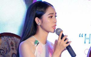 'Ngọc nữ Bolero' khao khát được nổi tiếng như Phi Nhung, Như Quỳnh