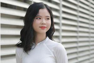 Nữ sinh xinh đẹp giành điểm 10 môn Hóa học duy nhất ở Nghệ An lọt tốp 10 điểm khối A toàn quốc