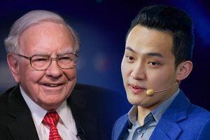 Đại gia chi 4,57 triệu USD ăn trưa với Warren Buffett bị tố rửa tiền