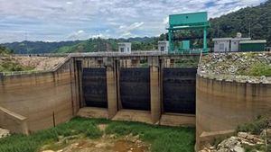 Hàng trăm hồ thủy lợi, thủy điện cạn trơ đáy
