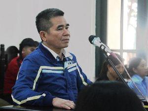 Tòa Bắc Giang xử công khai nhưng không cho phóng viên chụp ảnh