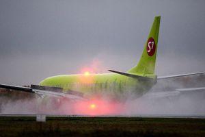 Máy bay chở khách Nga tránh được thảm kịch trong gang tấc