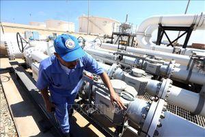 Giá dầu thế giới tăng hơn 2% trong phiên 8/8