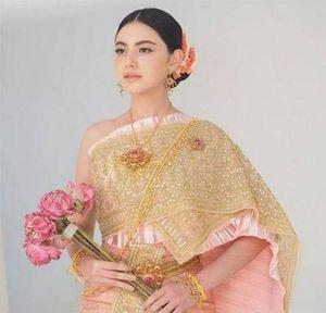 Ngắm loạt ảnh mỹ nhân Thái trong trang phục truyền thống