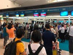 Khách 'đãng trí' bỏ quên 300 triệu tại sân bay Tân Sơn Nhất