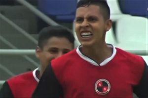 Cầu thủ Colombia được so sánh với Messi sau pha solo ghi bàn