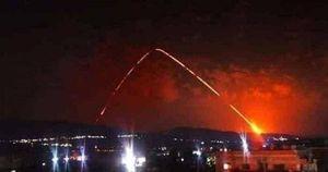 Syria bất ngờ hứng chịu đòn tấn công bằng tên lửa