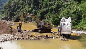 Vụ Cty thủy điện Trường Phú khai thác khoáng sản trái phép: Tỉnh Thừa Thiên - Huế chỉ đạo, Sở TN&MT vẫn không thông báo giải trình