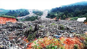 Sạt lở kinh hoàng bãi rác Cam Ly: Thảm họa ô nhiễm được báo trước
