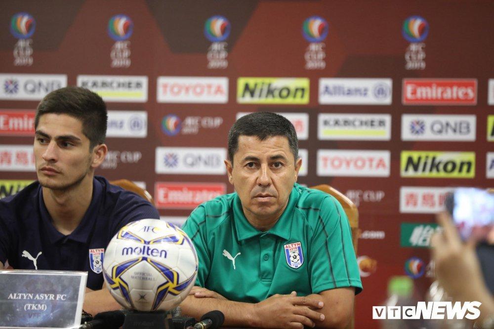 Đấu Hà Nội FC, đội bóng số 1 Turkmenistan mua gấp 2 cầu thủ ngoại
