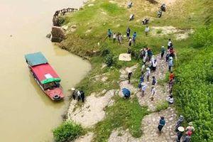 Người phụ nữ bơi rồi chìm dưới sông Cầu