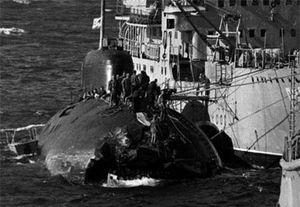 Giải mã vụ đấu đầu giữa tàu ngầm Liên Xô và tàu sân bay Mỹ năm 1984