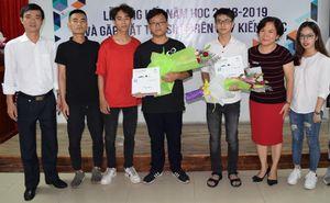 Đầm ấm Lễ Tổng kết năm học và chào tân sinh viên 'Kiến trúc sư tương lai'