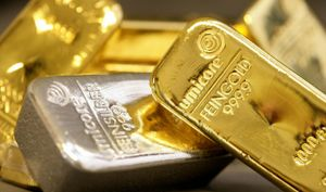 Giá vàng hôm nay 31/8: Vàng tăng giá tháng thứ 4 liên tiếp
