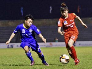 Phong Phú Hà Nam sảy chân trên sân nhà