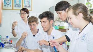 Đổi mới công tác thu hút cán bộ khoa học-công nghệ - Bài 3: Hướng tới đầu ra của nghiên cứu khoa học