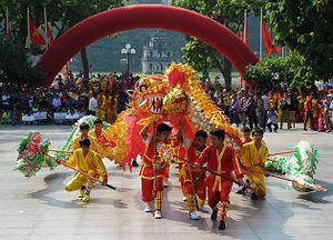 Hà Nội tổ chức Liên hoan Múa rồng