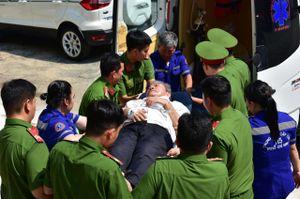Cấp cứu một bị cáo tại phiên tòa VN Pharma