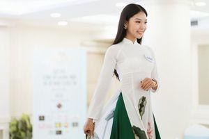 Dự thi Hoa khôi Thủ đô, gái xinh tài không đợi tuổi bất ngờ gây sốt mạng