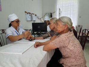 Bài 2: Đào tạo nhân lực y tế cơ sở theo mô hình cung ứng dịch vụ