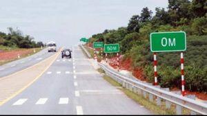 Quy định mới, xe chạy trên đường cao tốc phải giữ khoảng cách bao nhiêu?