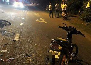 Hai xe máy đối đầu trong đêm, 3 người thương vong