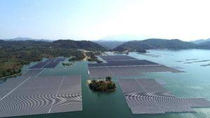 Việt Nam có nhà máy điện mặt trời nổi lớn nhất Đông Nam Á