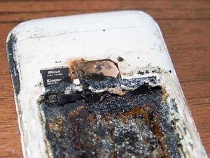 Những lần điện thoại nổ khi đang sạc khiến người dùng tử vong