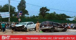 Ford Ranger bán tải đấu đầu Toyota Zace, 2 người bị thương