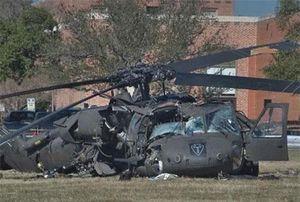 Biểu tượng trực thăng vận của Lục quân Mỹ gặp nạn, rơi nát vụn