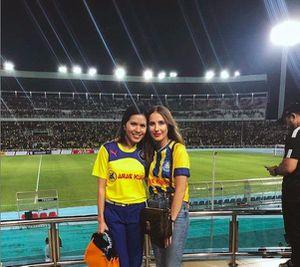Nàng WAGs Malaysia quyến rũ hơn so với bạn gái Duy Mạnh