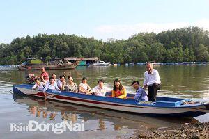 Về Nhơn Trạch ''chơi sông nước, ăn đặc sản''