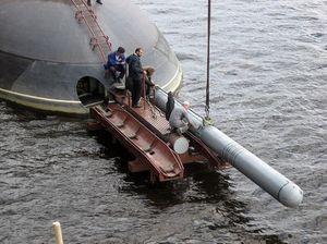 Tàu ngầm Kilo của Nga phóng tên lửa Kalibr vào mục tiêu giả ở Biển Đen
