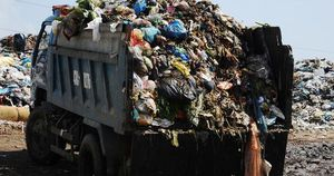 Ứ đọng hơn 270.000 tấn rác, Hội An muốn thu phí môi trường du khách
