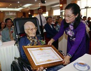 Thành phố Hồ Chí Minh tổ chức Lễ phong tặng và truy tặng danh hiệu Mẹ Việt Nam Anh hùng