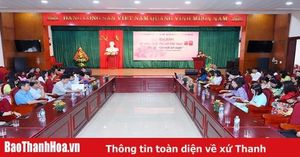 Tọa đàm kỷ niệm Ngày Phụ nữ Việt Nam với chủ đề 'Giữ mãi nét xuân'