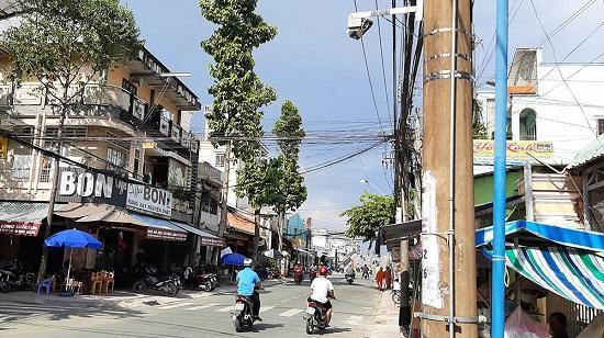 Mỗi chiếc camera trong dự án nâng cấp hệ thống giám sát gần 200 tỷ ở Vĩnh Long giá bao nhiêu?