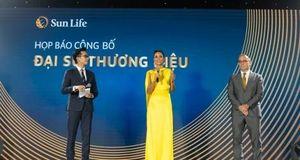 Hoa hậu H'Hen Niê là đại sứ thương hiệu cho Sun Life Việt Nam