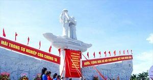 Đồng Tháp: Khánh thành tượng đài tưởng niệm sự kiện tập kết 1954