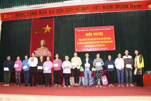 Huyện Gia Lâm bàn giao nhà và trao kinh phí cho hộ nghèo