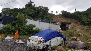 Dân 'điểm nóng' sạt lở nơm nớp trước giờ bão số 5 đổ bộ, bỏ nhà di tản